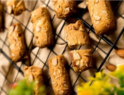 Badaam Laccha Cookies [250 Gram]