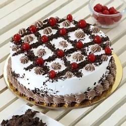 Cream & Cherry Blackforest Cake [1kg]