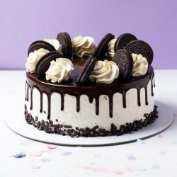 Oreo Topping Chocolate Cake [1kg]