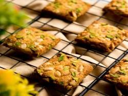 Pista Kesar Cookies